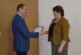 Главе местной администрации Светлане Багдасарян вручили благодарное письмо